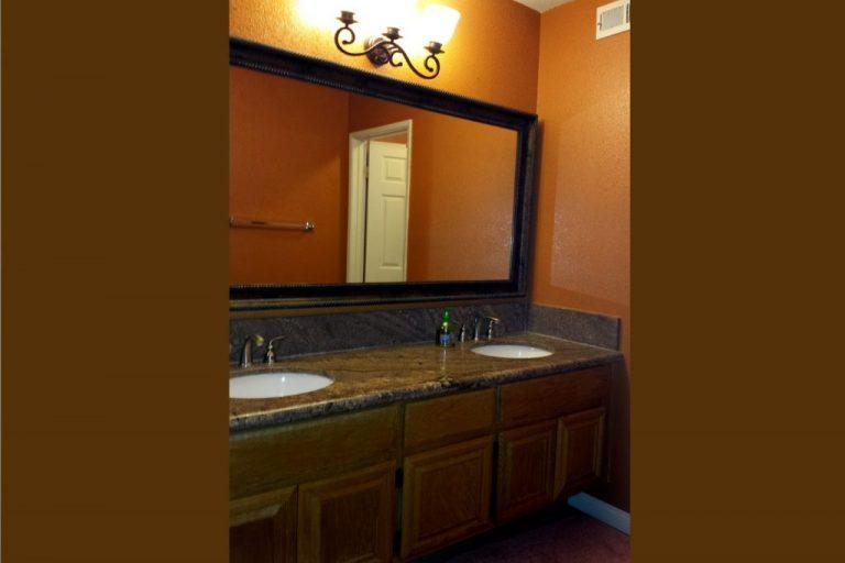 Temecula vacation rental bathroom